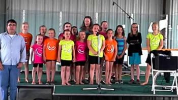 2014 RACH choir Oh Canada